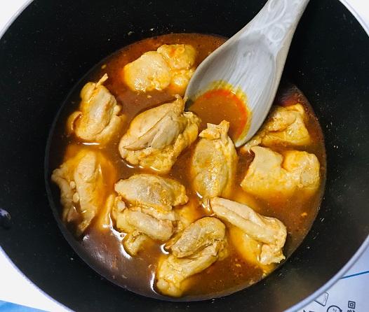 鶏もも肉のキムチ鍋